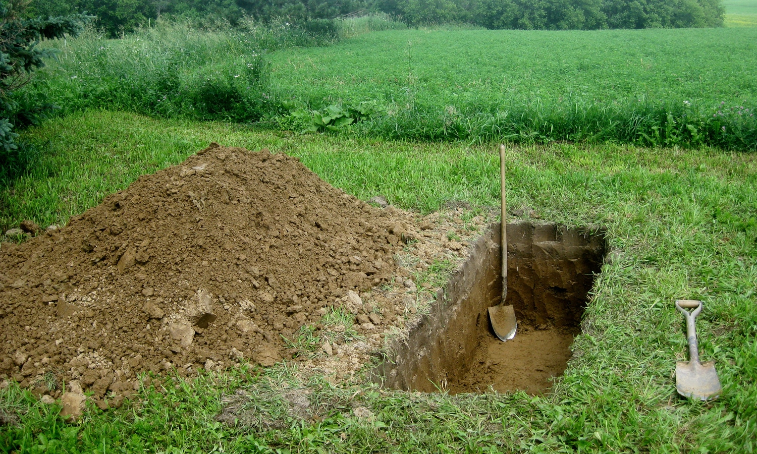 90-Year-Old Grave Digger Digs Own Grave Right Before Birthday
