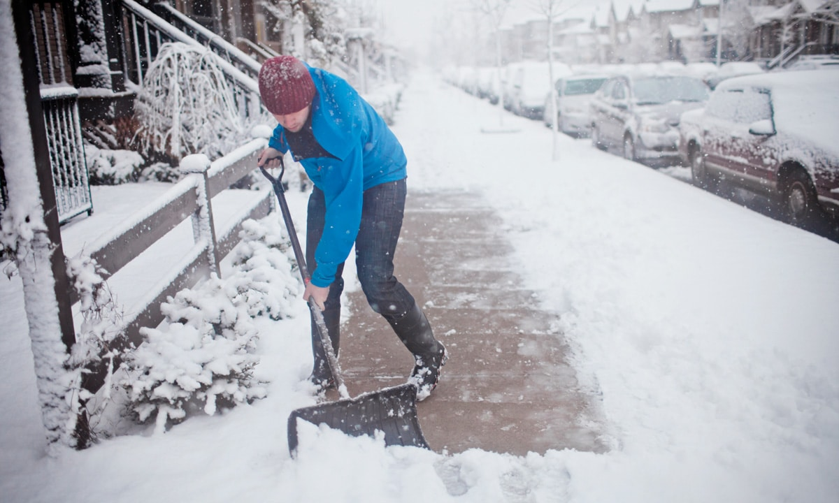TFT Pro-Tips: 7 Ways To Shovel Snow Without Dying