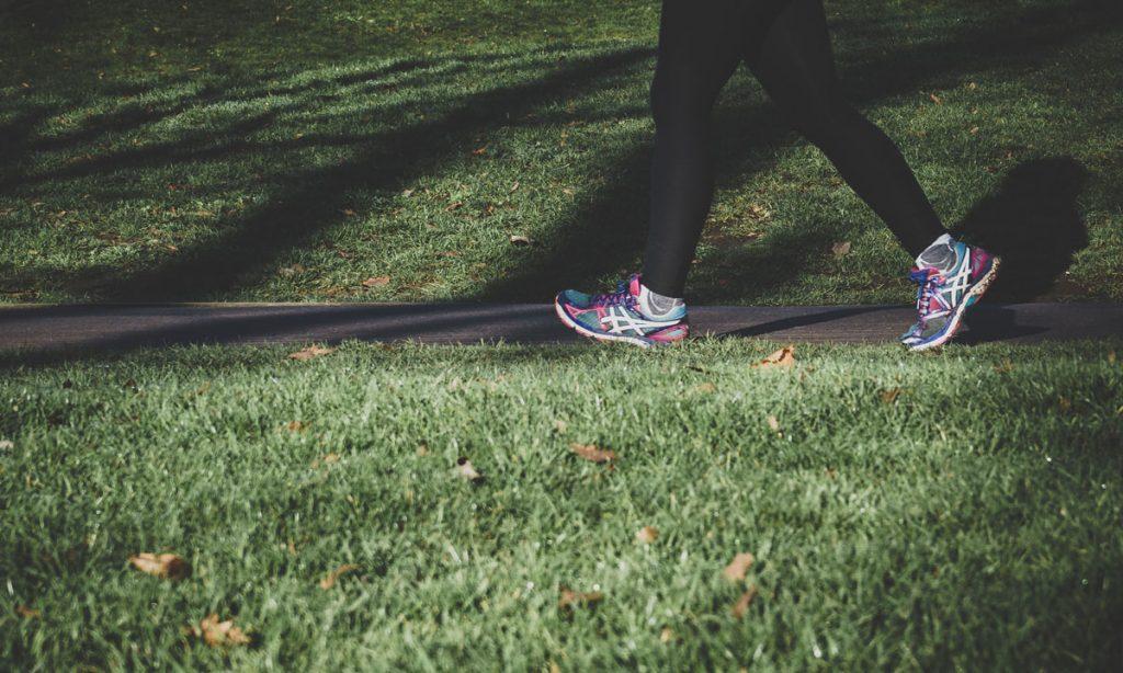 run outside walk exercise