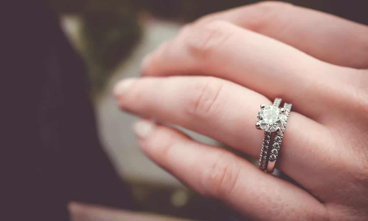 Is Crowdfunding A $15,000 Engagement Ring The Death Of Romance?