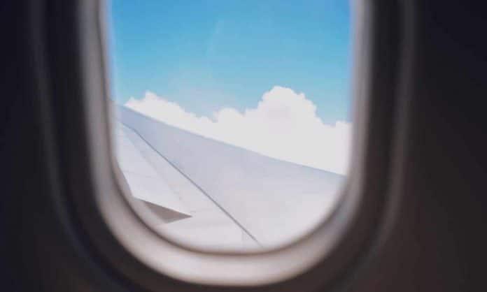 5 airplane food hacks to make the skies friendlier