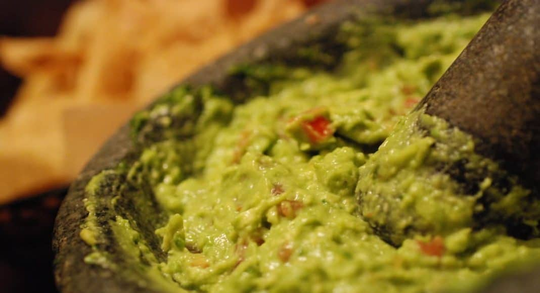 World's Largest Batch Of Guac