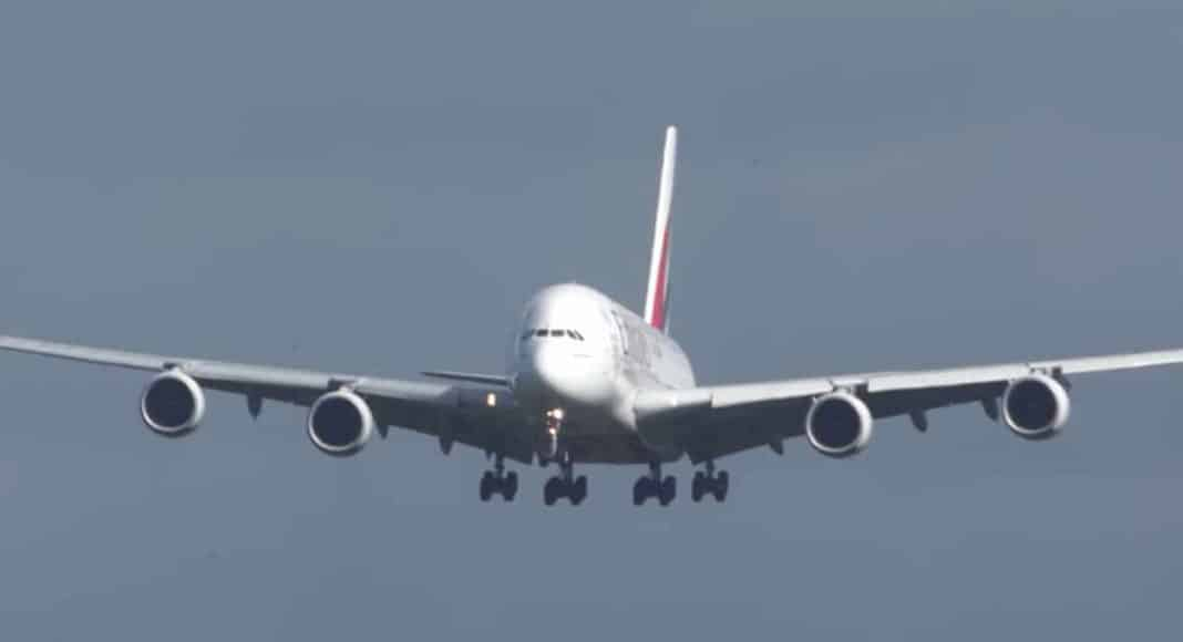 this awful airplane landing will make you avoid vacations for good