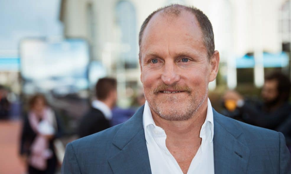 How Willie Nelson Got Woody Harrelson Smoking Marijuana Again