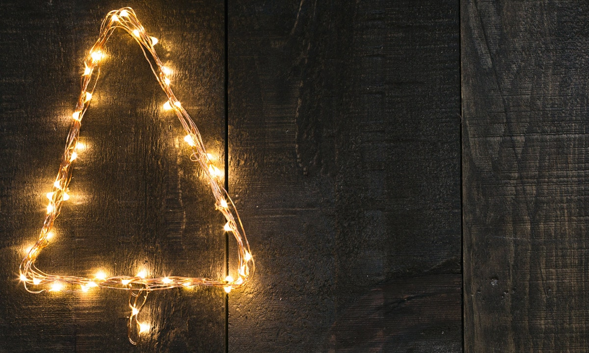 10 unique christmas light displays that rock the holiday for Cool christmas light ideas