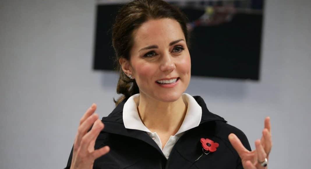 Gossip: Pregnant Kate Middleton Goes Against Protocol; Angelina Jolie & Brad Pitt Divorce Talks Go Nuclear