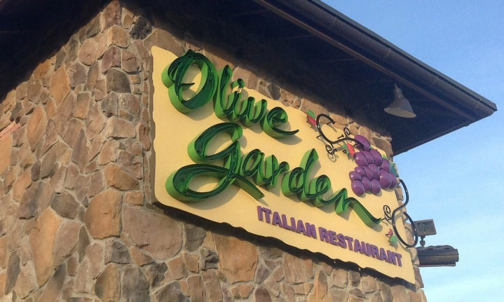 Couple Names First Child After Olive Garden Restaurant