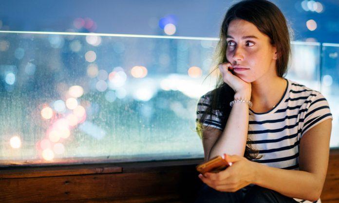 Stalking Someone On Tinder Just Got Easier