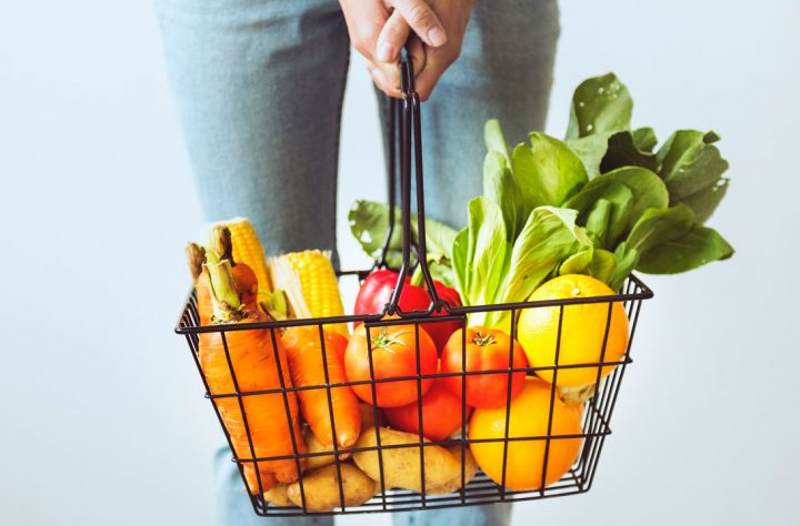 5 Tips That'll Help You Save Money On Groceries