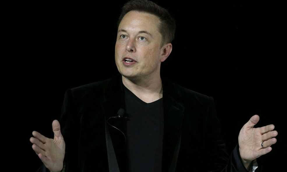 Elon Musk Does These 3 Things Every Day To Be Successful