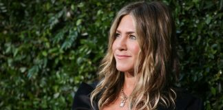 Jennifer Aniston Might Be Secretly Creeping Your Instagram