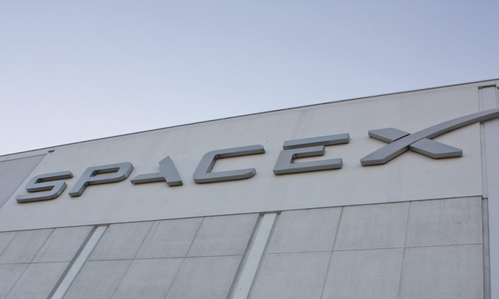 spacex wants to send average people to the moon