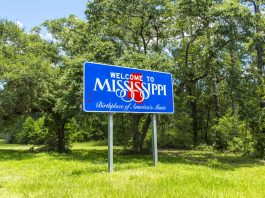 a mississippi mayor helps legalize medical marijuana