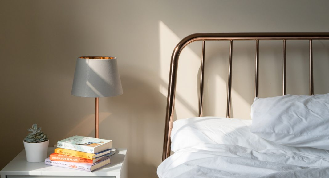 10 useful accessories you should have in bedroom