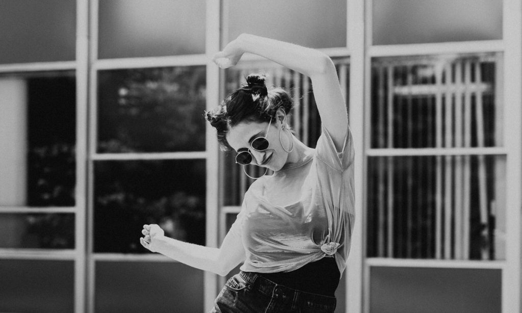 study claims that there are dance moves that are scientifically sexy