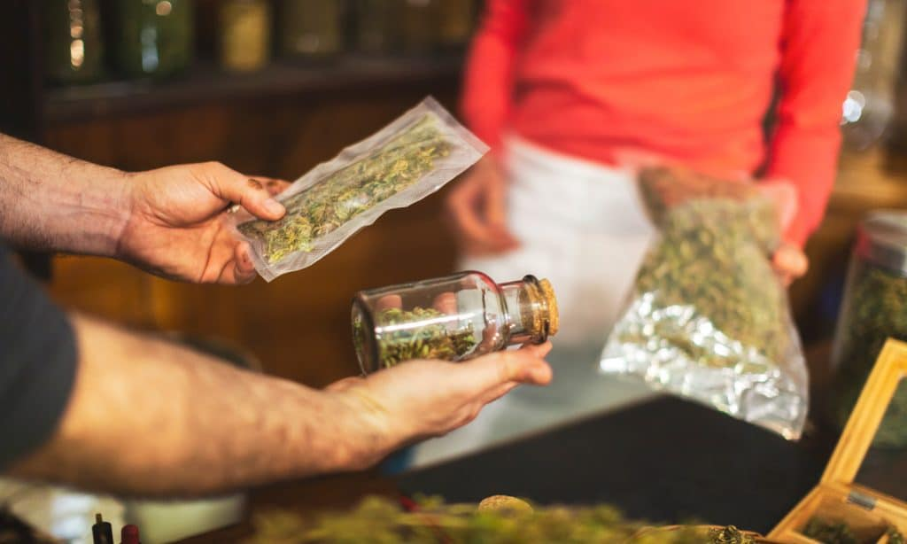 4 things you need to know before visiting a marijuana dispensary