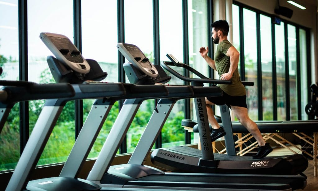 5 tricks to make your treadmill workout less boring