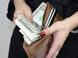 here are 5 tips on preparing your finances for the holiday season