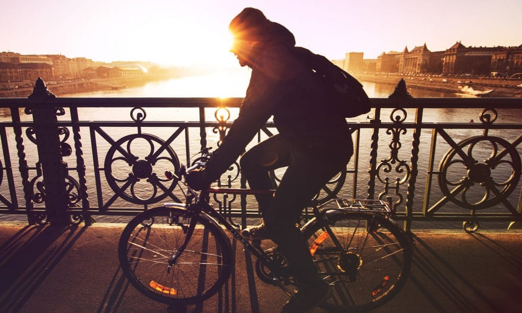 How CBD Can Help Mountain Bikers and Cycling Commuters Alike