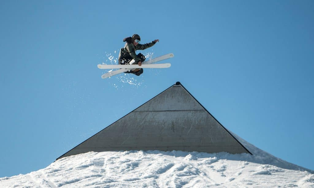 Do's And Don'ts Of Toking On The Slope