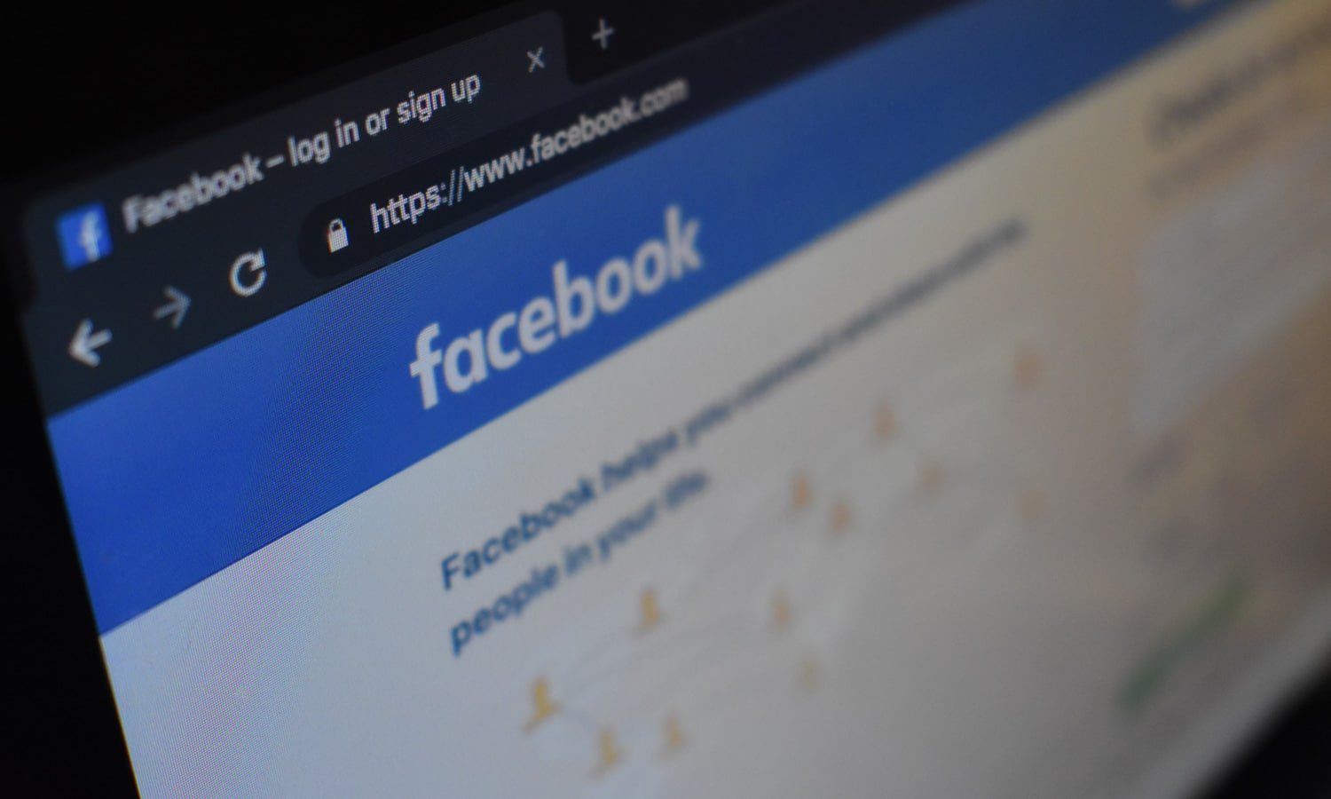 Facebook Drops Exclusive App For Couples