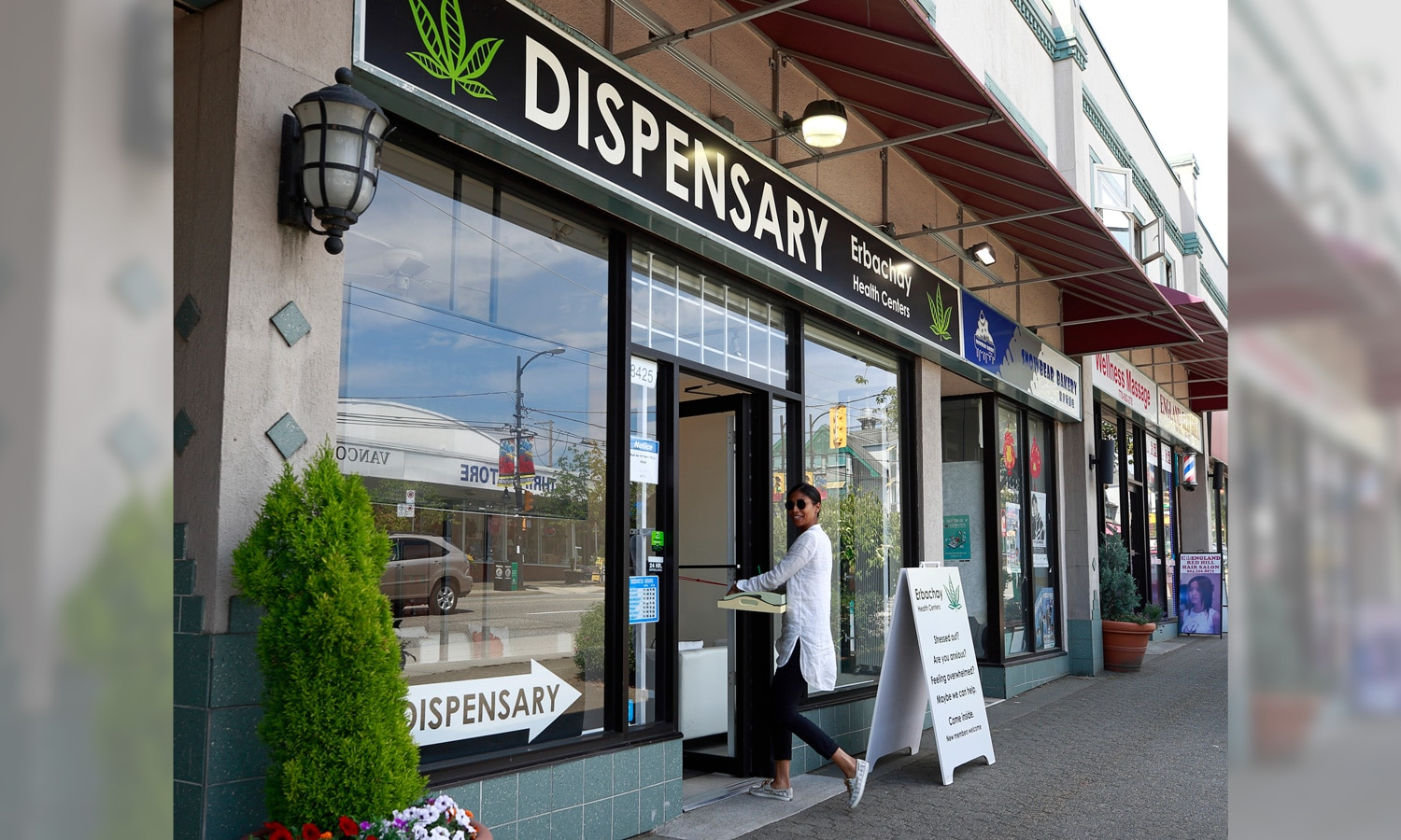 Dispensary Job Market Still Strong Despite Lockdowns