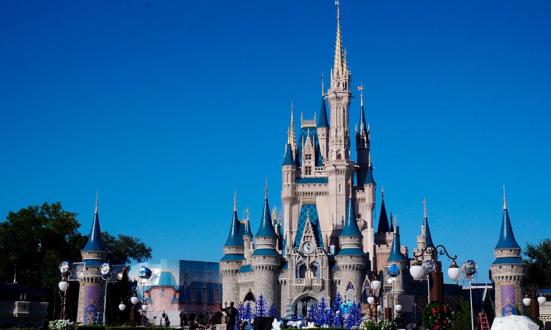 Grandmother Arrested For CBD Oil Sues Disney World