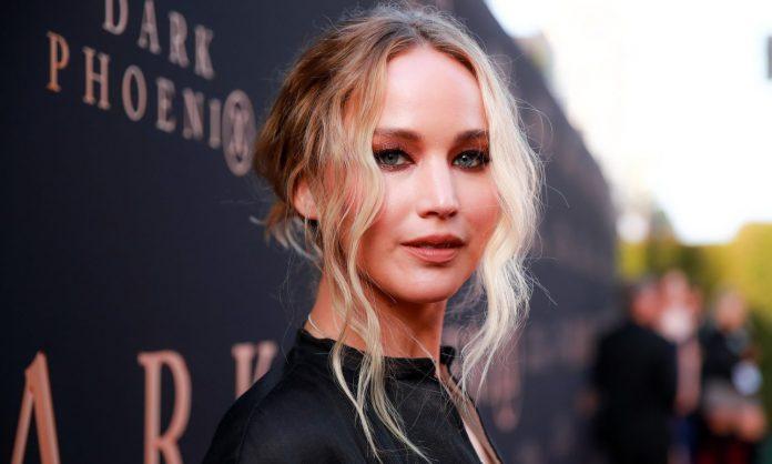 Does Jennifer Lawrence Smoke Weed