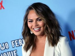 Chrissy Teigen Claps Back At Twitter Troll Who Slammed Meghan Markle For Miscarriage Op-Ed