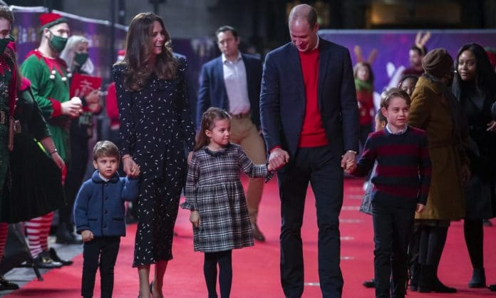 Here's Prince William And Kate Middleton's Family Christmas Card Photo