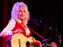 Here's Why Dolly Parton Gets Up At 3AM Every Morning