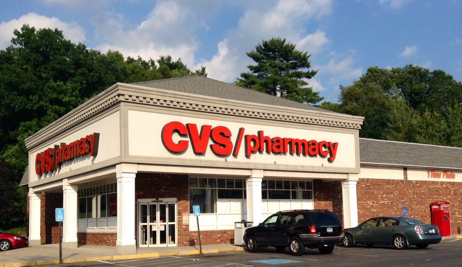 Pharmacies Will Start Giving Out COVID-19 Vaccines — Here's How This Will Work