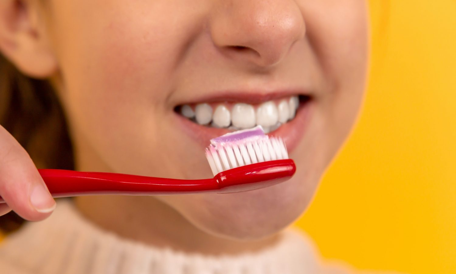 Why Dentists Recommend Not Brushing After You Eat