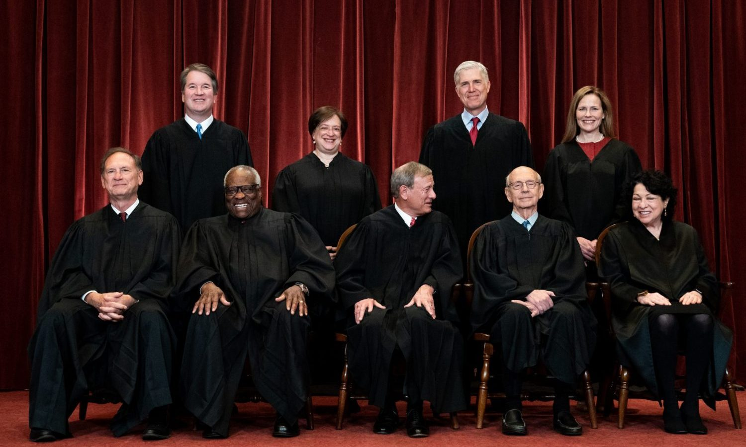US Supreme Court Justice Finds Federal Marijuana Laws Are Outdated