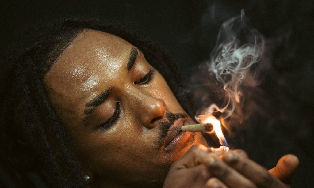 Are There Risks To Smoking Moldy Weed?
