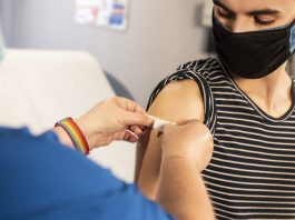 Here's What You Should Do If You're Vaccinated And Were Exposed To COVID-19