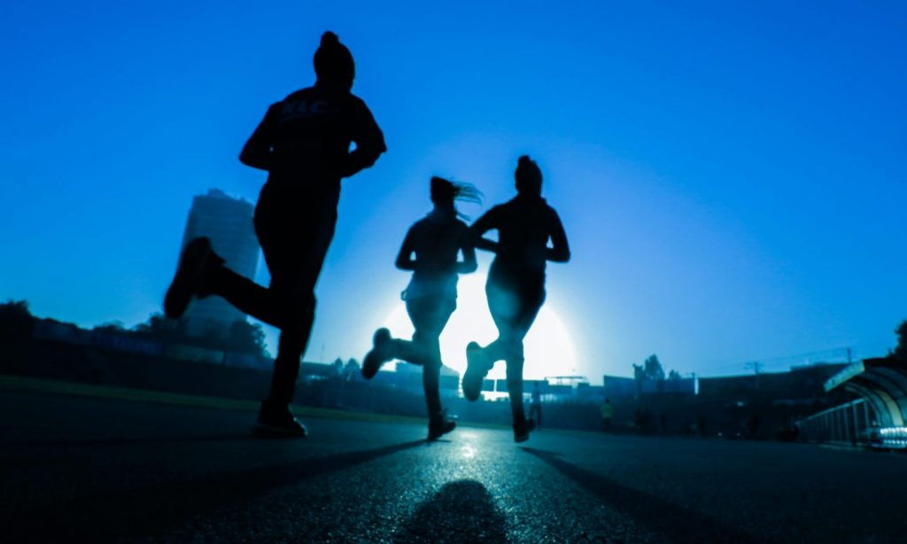 How to train outdoors when it is very hot