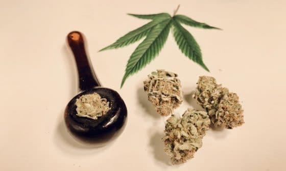A Guide To Buying Your First Marijuana-Smoking Piece