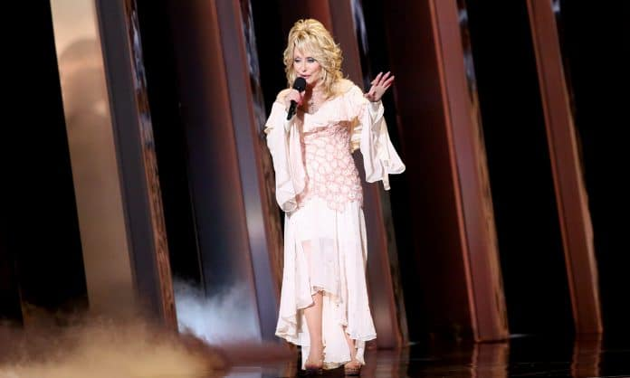 Does Dolly Parton Smoke Weed?