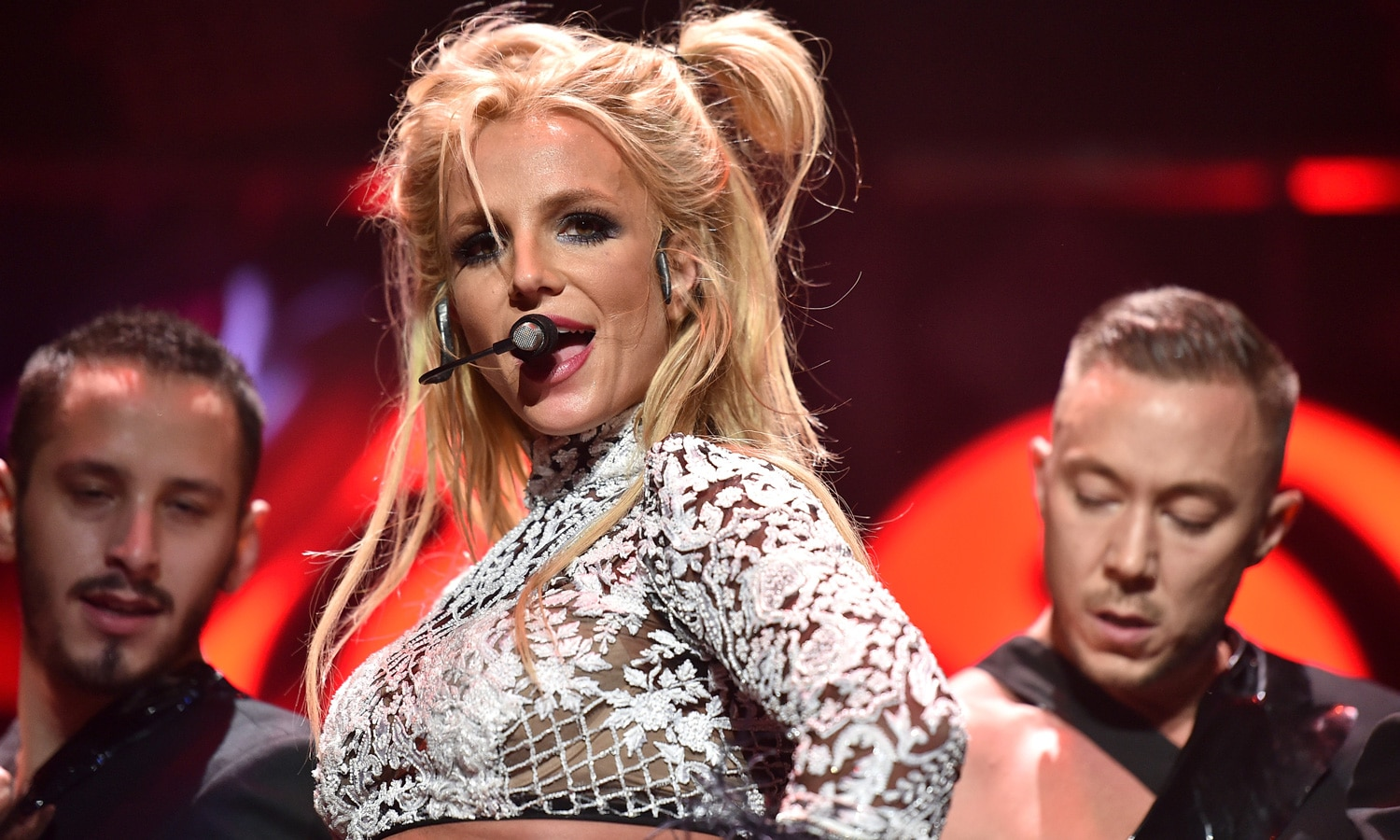 Does Britney Spears Smoke Weed?