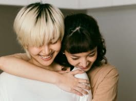 Your Genes Are Responsible For Your Craving Of Hugs Right Now
